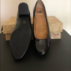Softt black patent shoes